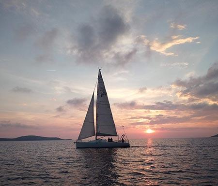 hvar sunset cruises